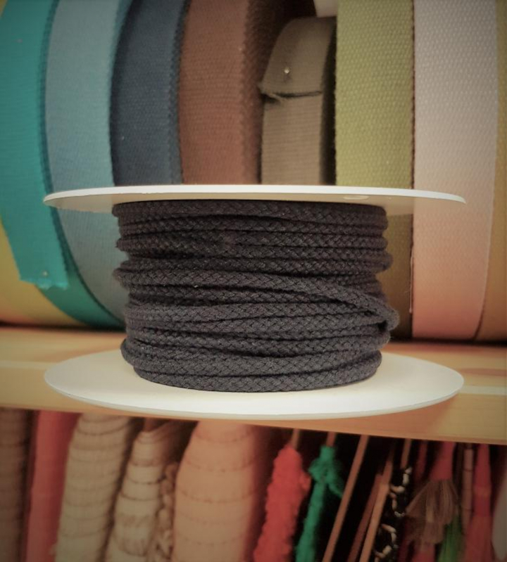 Cordão de Algodão Entrelaçado cor Preto 4mm